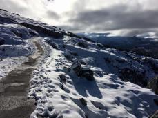Hike to 5 fingers overlook